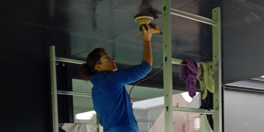 Polieren of polijsten van een plafond